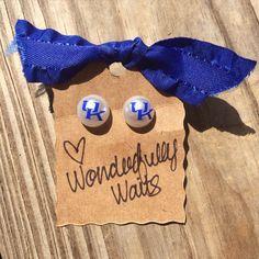 University of Kentucky UK Wildcats Pearl Earrings - 12mm - SEC football jewelry - football accessories by wonderfullywaits on Etsy https://www.etsy.com/listing/243964963/university-of-kentucky-uk-wildcats-pearl