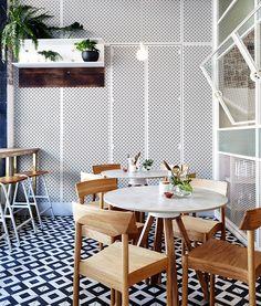 Las telas del establecimiento son de cuero y tejidos finos. | Galería de fotos 13 de 16 | AD MX