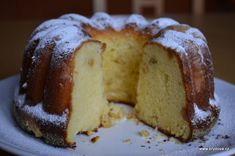 Healthy Recepies, Healthy Dessert Recipes, Czech Desserts, Eastern European Recipes, Bunt Cakes, Czech Recipes, Classic Cake, Something Sweet, Sweet And Salty