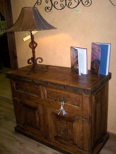 chest/table