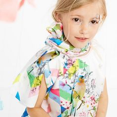 Beautiful print by Anne Kurris for SS 2015 ❤️ #minitrendsandco #fashionblog #fashiongirl #fashionkids #fashiontips #fashionbrands #fashionkidstrends #lookdodia #lookoftheday #prints #ss2015 #instafashion