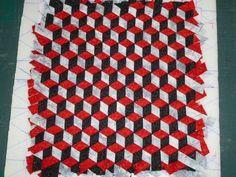 encore quelques blocs en meshwork Weaving Patterns, Fabric Manipulation, Book Binding, Ribbon Embroidery, Woven Fabric, Fabric Weaving, Creations, Quilts, Sewing