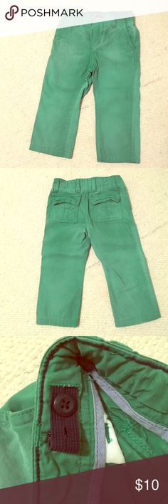 Vintage washed Kelly green x-soft BabyGap chinos Vintage washed Kelly green super-soft BabyGap chinos! So cute for St. Paddy's Day, Spring Break or Easter!! Adjustable waist. Excellent condition. Size 12-18 months BabyGap Bottoms Casual