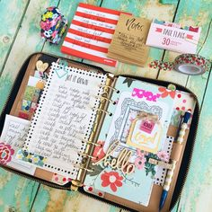 theplannersociety: Today is consisting of lots of lists and lots of checkboxes. #katespadeagenda #keepingmeorganized