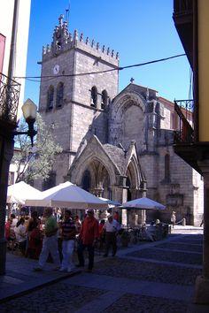 Igreja de Nossa Senhora da Oliveira, em Guimarães, 2007