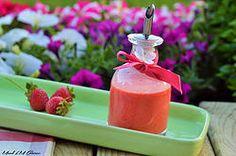 Vinaigrette aux fraises Hot Sauce Bottles, Panna Cotta, Pudding, Blog, Ethnic Recipes, Desserts, Dressing, Strawberry Vinaigrette, Kitchens