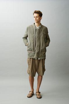 본문 이미지 estilo zen, estilo de rua de verão, moda no japão, moda masculina, r Rock Style Men, Mens Fashion Summer Outfits, Street Style Summer, Men Street, Japan Fashion, Streetwear Fashion, Minimalist Fashion, Vintage Men, Menswear