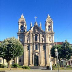 Igreja doa Congregados in Braga. - Century Baroque Basilica ia flanked on the top by two bell towers Braga Portugal, Windsor Castle, Mosque, Lisbon, Barcelona Cathedral, Places, Travel, Amanda, Iglesias