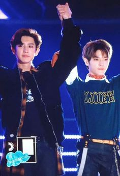 Taeyong and Chanyeol ♡ Kim Jung Woo, Jung Yoon, Exo Red Velvet, Park Ji Sung, Nct Taeyong, My Soulmate, Park Chanyeol, Kpop Groups, Girls Generation