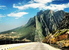 La Huasteca, Monterrey, Nuevo León, México Visto desde la Autopista de Salillo a Monterrey