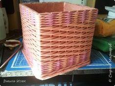 Поделка изделие Плетение Короб для подруги Трубочки бумажные фото 2