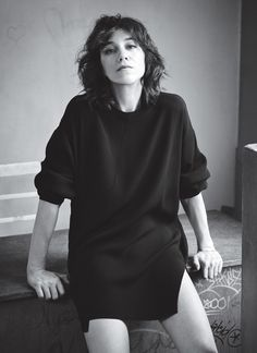 French-English actress Charlotte Gainsbourg lands an appearance in the July 2016 issue of InStyle Magazine. The 44-year-old stars in the upcoming film 'Independence Day: Resurgence', out in theaters on June 24th, playing the role of Catherine Marceaux. For the fashion feature, Charlotte brings some Parisian flair to the American magazine in looks styled by fashion …