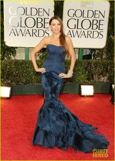 GLAMBARBIE Sofia Vergara Golden Globes 2012 (6)