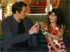 Ned (Lee Pace) and Chuck (Anna Friel) from Pushing Daisies