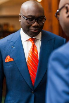 http://chicerman.com  kleidsam:  Yes yes and a thousand yesses more.  theimpeccablydressedmrbwooster:  emilanton:  BBC News anchor Komla Dumor wearing Maurice Sedwell of Savile Row  http://ift.tt/1hXofKp  #MENSUIT #TAILORSUIT