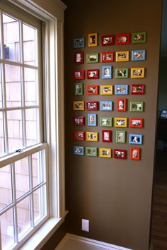 Another mini gallery with painted frames and snap shots. Cute!