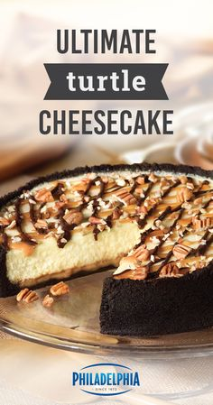 Ultimate Turtle Cheesecake – Creamy cheesecake. A dash of pecans. This delicious dessert recipe has summer celebration written all over it. Ultimate Turtle Cheesecake Recipe, Turtle Cheesecake Recipes, Köstliche Desserts, Delicious Desserts, Dessert Recipes, Easy Chocolate Chip Cookies, Oreo Cookies, Chocolate Cheesecake, Oreo Cheesecake Cookies
