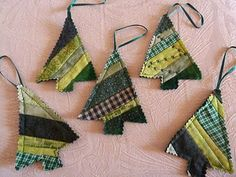 22 Fabric Christmas ornaments and 20 stockings These DIY Christmas tree ornaments are made from strips of green fabric and look great on the tree! Fabric Christmas Trees, Quilted Christmas Ornaments, Handmade Christmas Tree, Fabric Ornaments, Christmas Crafts, Christmas Christmas, Fabric Christmas Decorations, Ukrainian Christmas, Scandi Christmas