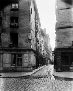 Rue Laplace and Rue Valette, Paris Eugène Atget (French, Libourne Paris) Eugene Atget, Old Paris, Vintage Paris, Old Photography, Street Photography, Monochrome, Subject Of Art, Photo New, French Photographers