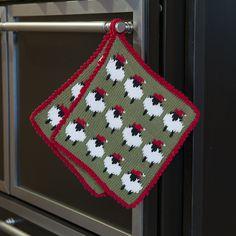 Christmas Crochet Patterns, Christmas Knitting, Knitting Patterns, Crochet Woman, Knit Crochet, Christmas Stockings, Christmas Sweaters, Hot Pads, Knitting Projects