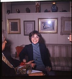 Cindy Williams rare candid original 2 1/4 slide transparency circa 1980 Cindy Williams, Fact Families, Candid, Actors & Actresses, Surfing, The Originals, Music, Cute, Facts