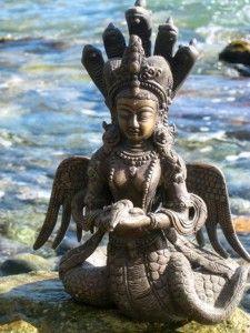 Snake Goddess, Kali Goddess, Sculpture Art, Sculptures, Winged Serpent, Moon In Aquarius, Goddess Tattoo, Snake Art, Tantra