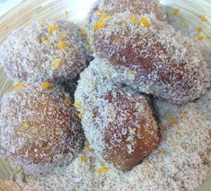 Malay Koesisters cape town   Koek sisters cape town South African Dishes, South African Recipes, Koeksisters Recipe, Just Desserts, Dessert Recipes, Snowballs Recipe, My Favorite Food, Favorite Recipes, Ramadan Recipes