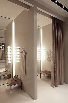 Makeup lights next to the mirror? Dressing Room of Fashion Retail Store Interior Design, Honor NYC Boutique Design, Boutique Decor, Boutique Ideas, Showroom Design, Shop Interior Design, Store Concept, Dressing Room Design, Dressing Rooms, Store Layout