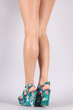 Qupid Floral X-Band Platform Wedge