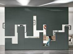 Divider wall-mounted storage wall 30mm / LAGOLINEA WEIGHTLESS by Lago design Daniele Lago