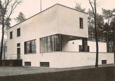 My haus your haus Bau-haus. Check out Walter Gropius' residence a prime example…