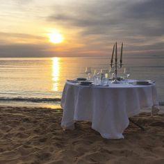 Buona serata da #CasaZarotti... stasera il tramonto è spettacolo e quasi quasi si cena qui! La Spiaggia di Pozzillo è magnifica! #Castellabate #Cilento #Salerno