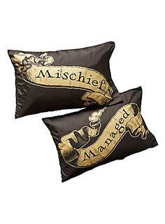 Potter pillowcases! // Harry Potter Mischief Managed Pillowcase Set