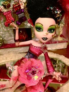 "Monster High Draculaura ""Snowflake Princess"" Outfit Accessories 