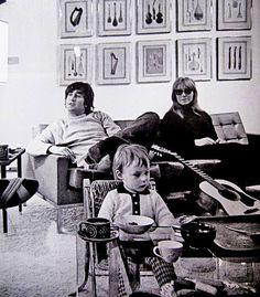 John, Cynthia and baby Julian at their Kenwood Home