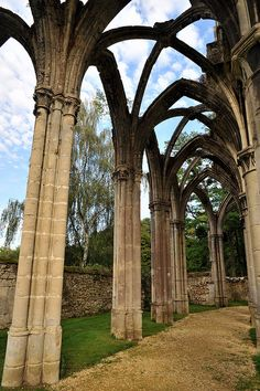 Ruins of Notre-Dame d'Ourscamp abbey, Picardy, , France Renaissance Architecture, Gothic Architecture, Beautiful Architecture, Architecture Details, Abandoned Churches, Abandoned Mansions, Abandoned Places, Beautiful Ruins, Beautiful Places