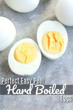 Perfect Easy Peel Hard Boiled Eggs turn out perfectly with this simple method. No grey ring no cracked shells. Just del. Perfect Easy Peel Hard Boiled Eggs turn out perfectly with this simple method. No grey ring no cracked shells. Just del. Easy Hard Boiled Eggs, Cooking Hard Boiled Eggs, Boiled Egg Diet Plan, Hard Boiling Eggs, Best Boiled Eggs, Perfect Hard Boiled Eggs, Perfect Eggs, Steak And Eggs Diet, Egg And Grapefruit Diet