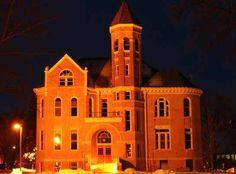 my school Northwestern College, Orange City, Iowa-- Zwemer Hall Northwestern College, Iowa University, Liberal Arts College, Orange City, College Admission, World Pictures, Alma Mater, I School, Notre Dame