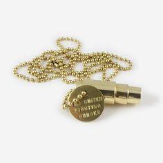 #Sozial und #Fair produzierte #Halskette von Half United - Just Bottle #upcycling #fairtrade #recycling #schmuck #Munitionshülse #trend #style #styleidee #geschenk #geschenkidee Kinder In Not, Fairtrade, Trends, Style Inspiration, Chic, Bracelets, Gold, Jewelry, Fashion