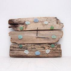 Купить Часы в морском стиле из морских досок (дрифтвуд) - морские стекла, морские стеклышки