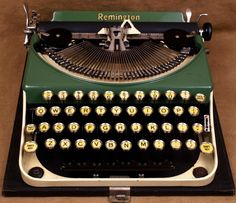Vintage Typewriters at The Vintage Typewriter Shoppe!