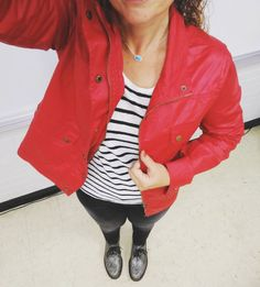 Red black and white for game day! This waxed cargo jacket is from an old Stitch Fix and it's perfect for a semi-rainy fall day. Happy Friday! . . . .#teacherstyle #teacherootd #teacheroutfit #ootd #fridaystyle #casualfriday #wiwt #momstyle #40plusstyle #currentlywearing #menzell #mavijeans #drmartens #docmartens #docs #kendrascott #rocksbox #stitchfix