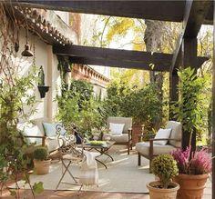 Una casa muy urbana envuelta en naturaleza · ElMueble.com · Casas