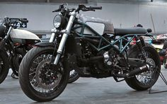 Inazuma café racer: Ducati Street Tracker by Desideratum
