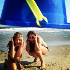 Beach picture idea!