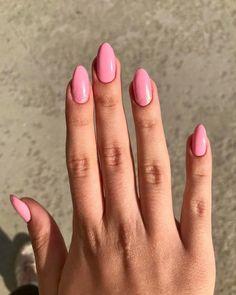 Chic Nail Art, Chic Nails, Almond Nails Designs, Nail Designs, Stiletto Nails, Nail Inspo, Nails Inspiration, Summer Nails, Make Up