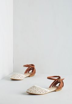 Chaussures - compter les façons plat à White