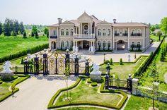 Mansions – Luxury Homes ! Mansions – Luxury Homes ! Mansion Homes, Dream Mansion, Stone Mansion, Mansion Interior, Versailles, Big Houses, Dream Houses, Family Houses, Modern Houses