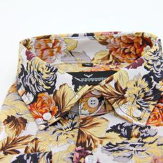 Men shirt by Oscar Woodington. Add som color to your look by our floral print!