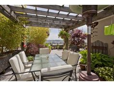 """Photo 2: Photos: Downtown NW Condo for sale in """"THE POINT"""" : 2 bedrooms : 203 610 VICTORIA Street in New Westminster : MLS(r) # V949252"""